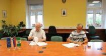 Podpis gradbene pogodbe za dozidavo vrtca Sveta Ana