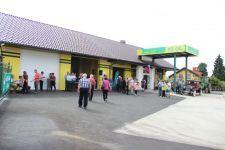 Otvoritev prenovljene kmetijske trgovine in bencinskega servisa